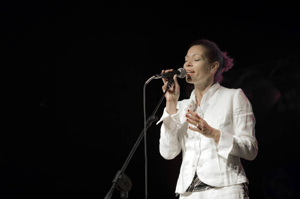 Notte brasiliana con Rosalia De Souza al Vox Mundi Festival