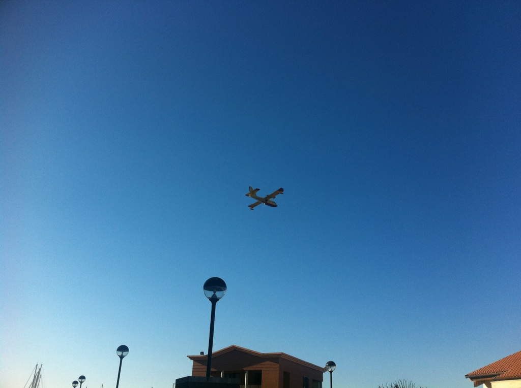 Photo of Ancora in volo i Canadair su Marina di Grosseto