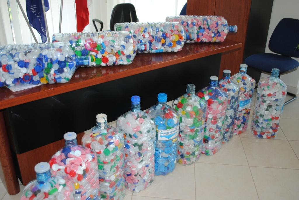Al Comune di Castiglione il riciclaggio dei rifiuti porta alla solidarietà sociale