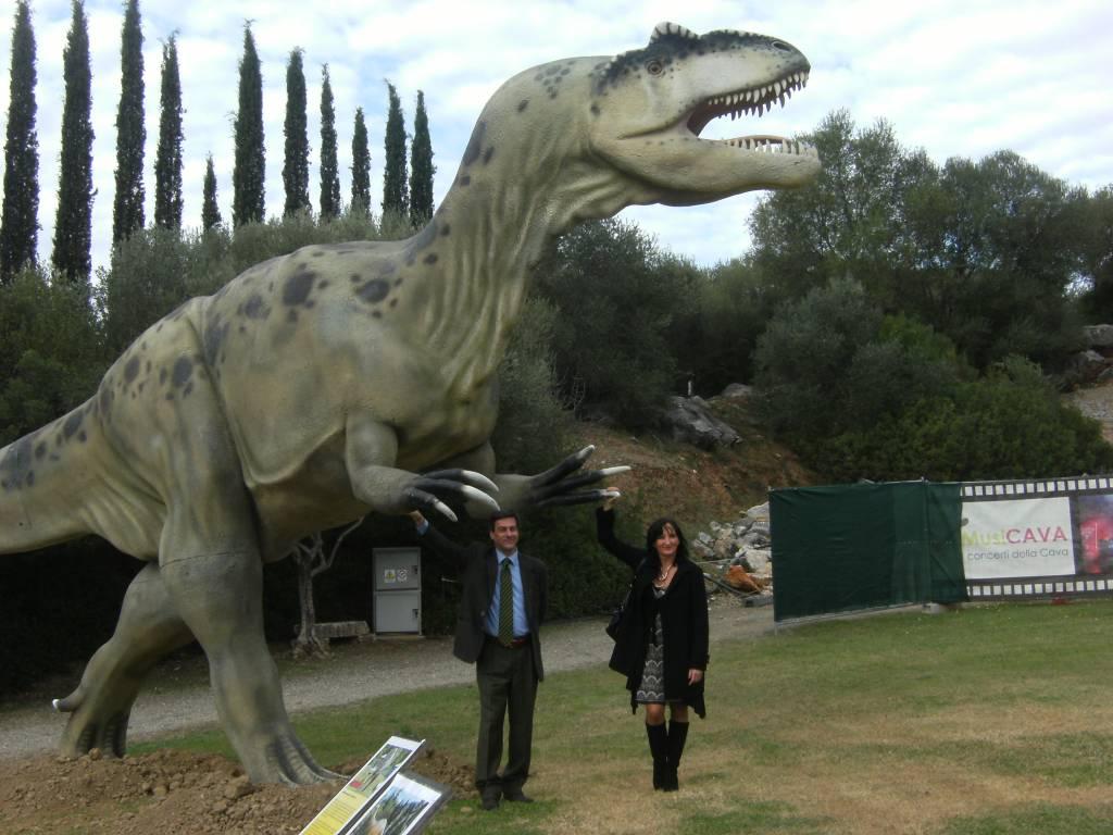 """Prorogata fino al 10 febbraio la mostra """"The world of dinosaurs"""" al Parco di Pietra di Roselle"""