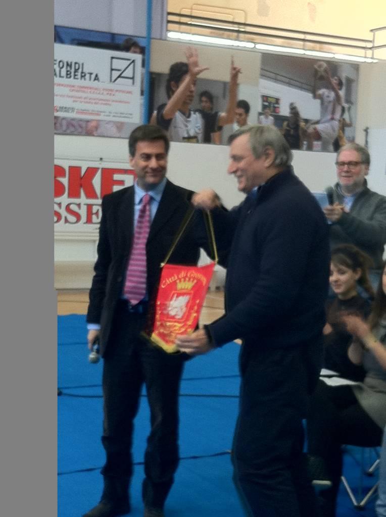 Grosseto: Don Ciotti incontra gli studenti della città. Il saluto del sindaco Bonifazi