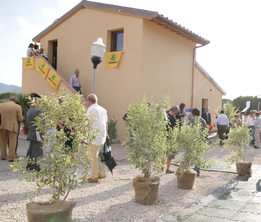 Legambiente all expo edilizia 2013 di roma per la casa - Casa ecologica autosufficiente ...