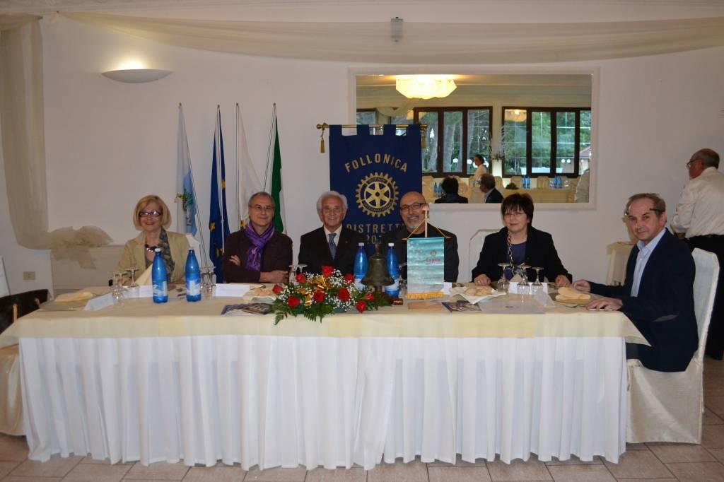 Il Rotary Club di Follonica premia gli studenti del Liceo artistico di Grosseto protagonisti di un concorso di arti figurative