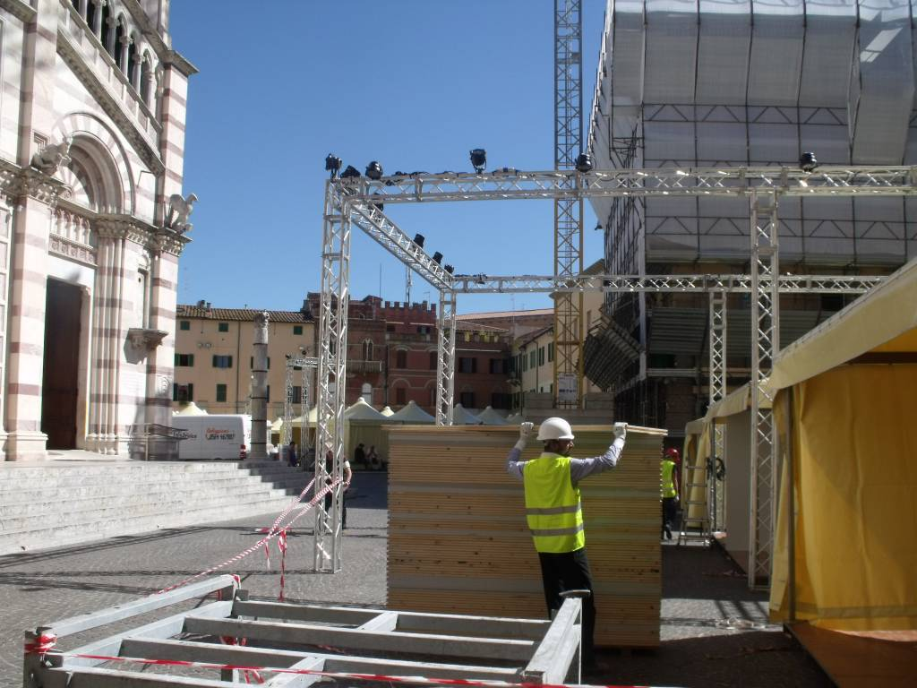 Photo of Grosseto: fervono i preparativi in centro per Maremma Wine Food Shire