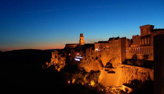 Photo of Le invasioni digitali alla conquista di Castell'Ottieri e Pitigliano