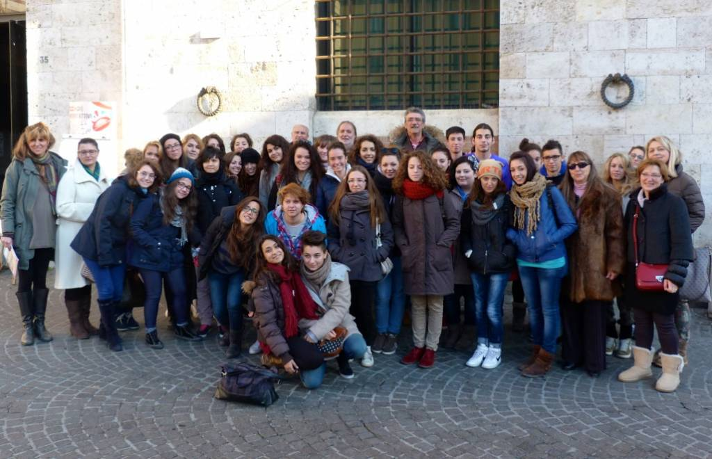 Photo of Giornata della cultura popolare: gli studenti del Rosmini presentano il video sulla Focarazza di Santa Caterina