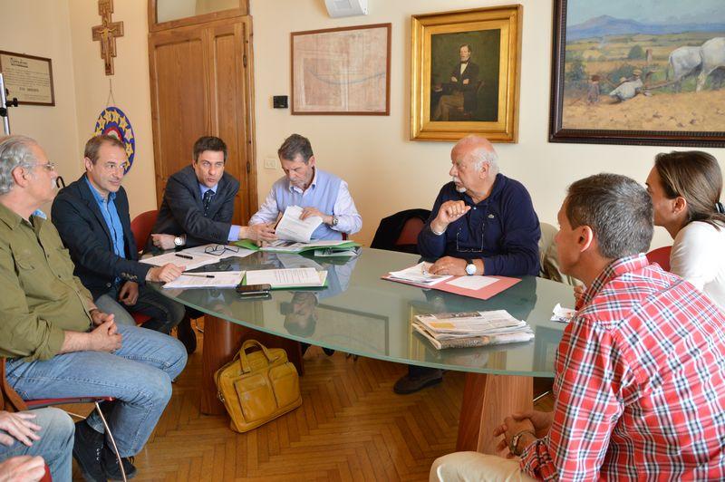 Verde pubblico, illuminazione e manutenzione stradale al centro dell'incontro tra Comune e Comitato per Principina