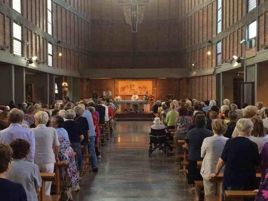 Siracusa, Santa Lucia debutta sui social: è amata in tutto il mondo