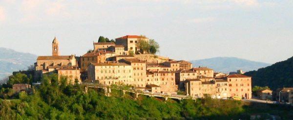 """Photo of """"Borghi della lettura"""", il raduno nazionale si svolge in Maremma: ecco dove"""