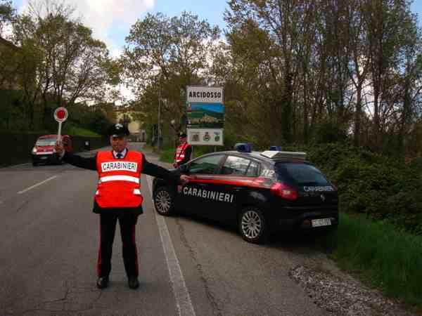 Controlli a tappeto dei Carabinieri: due persone arrestate, sequestrata droga
