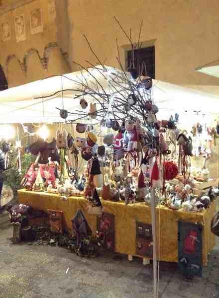 Grande successo per i mercatini di Natale di Magliano in Toscana