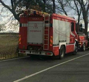 Incendio alle porte di Grosseto: fiamme alle Quattro strade