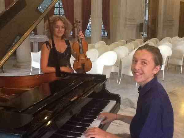 Musica e solidarietà: tre giovani promesse in concerto al Savoia