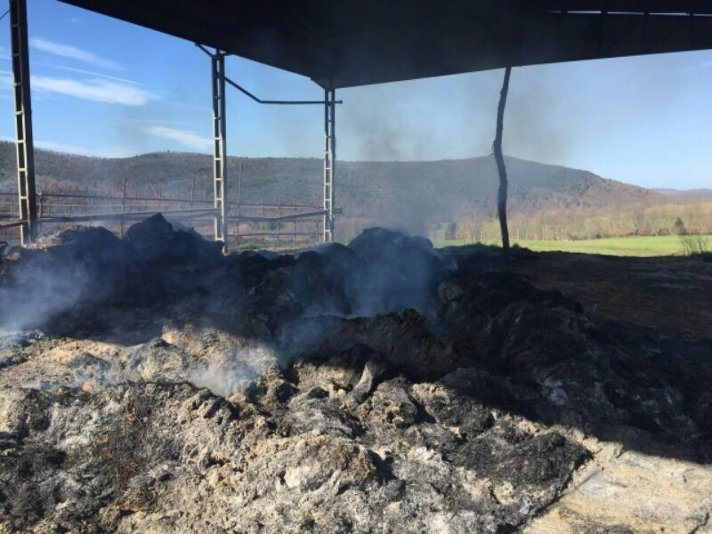 Photo of Incendio in due capannoni agricoli nel comune di Manciano