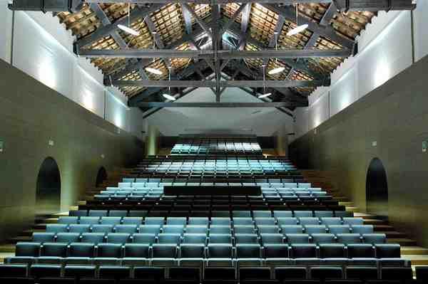 Photo of Emergenza Coronavirus: sospesi gli spettacoli al Teatro Fonderia Leopolda