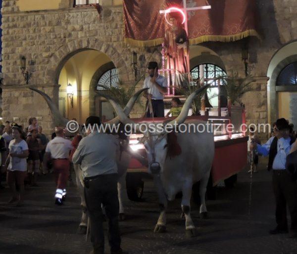 Photo of Processione e pontificale: Grosseto celebra il patrono san Lorenzo