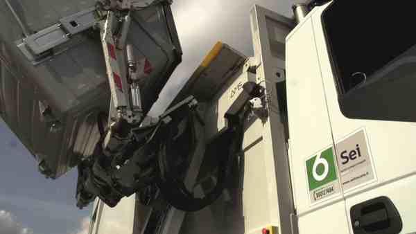 Rifiuti: è possibile ritirare i sacchetti per la raccolta porta a porta al centro di consegna