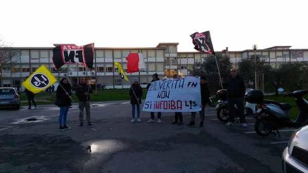 """Giorno del ricordo, manifestazione di Forza Nuova alla Cittadella dello studente: """"Fuori la verità"""""""