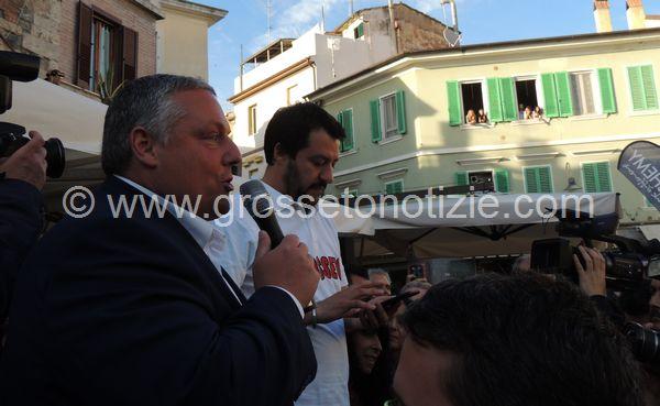 Decreto sicurezza, 400 sindaci firmano una lettera a sostegno di Salvini: tra loro anche Vivarelli Colonna