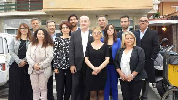 L'assessore regionale Stefania Saccardi a Castiglione per sostenere Giancarlo Farnetani