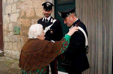 """Photo of """"Più sicuri insieme"""": in Prefettura un convegno sulle truffe agli anziani"""