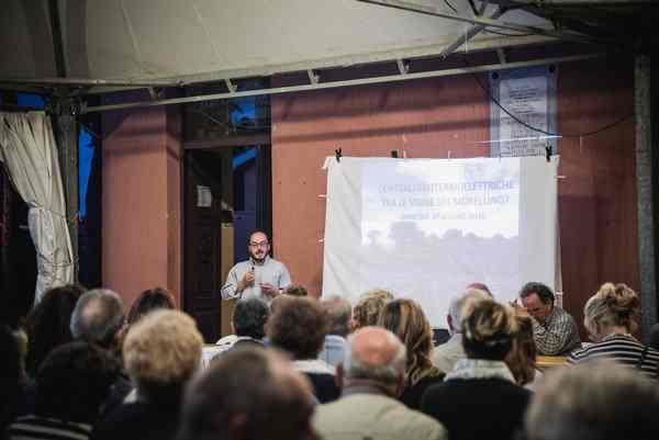 """Geotermia, oltre 250 persone all'incontro di Pancole: """"Tuteleremo il nostro territorio"""""""
