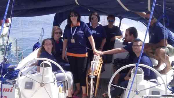 Vela terapia: al via le uscite in barca con i ragazzi di Orbetello e Montemerano