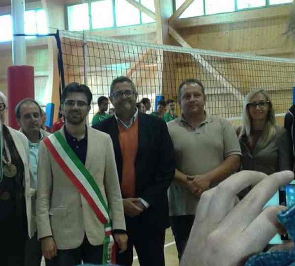 """Santa Fiora, inaugurata la nuova palestra: """"Palazzetto dello sport al servizio dell'Amiata"""""""