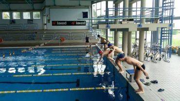 Sicurezza in acqua: al via i corsi di nuoto dedicati agli studenti