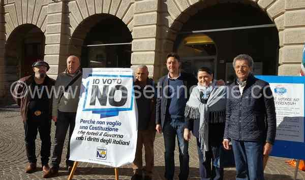 """Referendum, nasce il comitato per il """"No"""": """"Riforma illegittima che limita la libertà dei cittadini"""""""