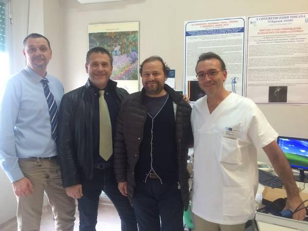 """Donazione dell'associazione """"Mario Crivaro"""" per l'ambulatorio di medicina interna di Pitigliano"""