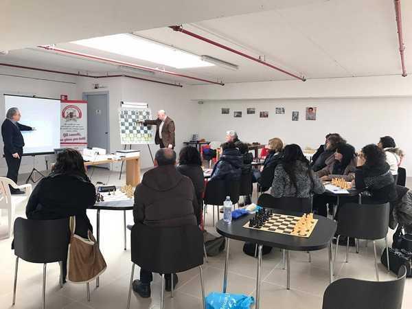 Gli scacchi entrano nelle scuole: ecco il corso dedicato agli insegnanti