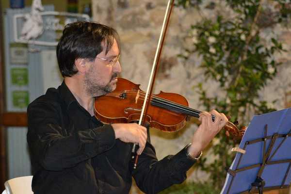 """""""Concerti alle Clarisse"""": protagonisti il violino di Massimo Merone e il pianoforte di Ettore Candela"""