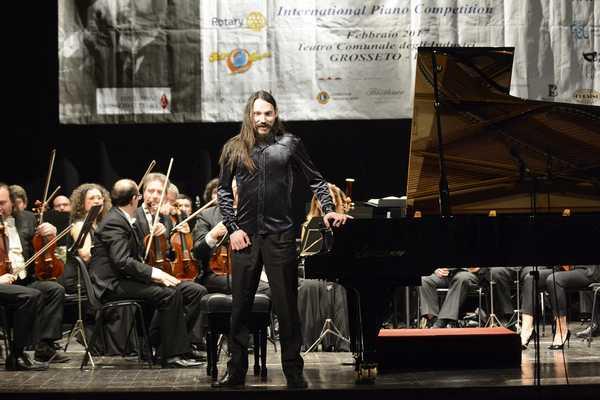 Il pianista Amirov Feodor si aggiudica il Premio Scriabin 2017