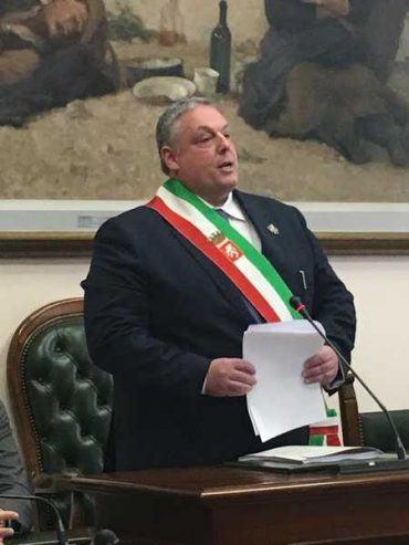 Maleodoranze, il Consiglio comunale è unito nella richiesta alla Regione