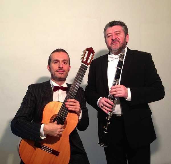 """Photo of Torna """"Music&Wine"""": musica e spettacolo circense sul palco degli Industri"""