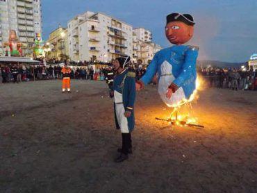 Follonica: la Gran festa dei rioni chiude il Carnevale 2017