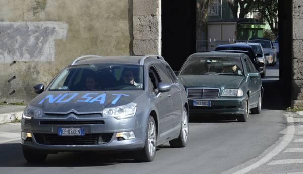 Photo of Manifestazione Tirrenica: 250 auto e folla di gente per dire NO al progetto autostradale
