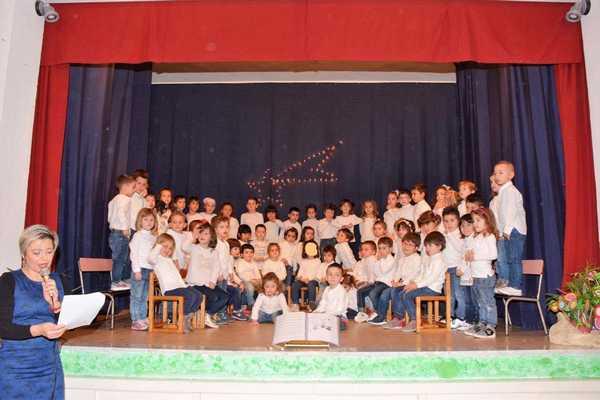 """""""Crescere con la musica"""": i bambini della scuola dell'infanzia protagonisti di uno spettacolo"""