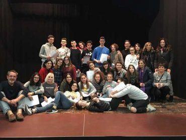 """""""Ma c'è un emoticon per il terremoto?"""": gli studenti di Norcia in scena a Cinigiano"""