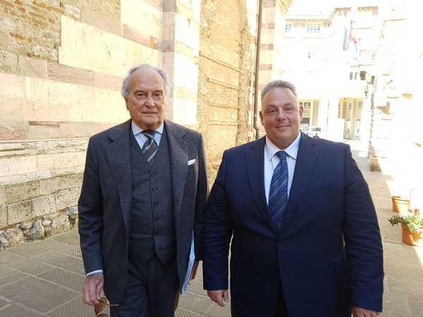 Photo of Grosseto celebra la Festa della Toscana e consegna la cittadinanza onoraria a Luzzetti