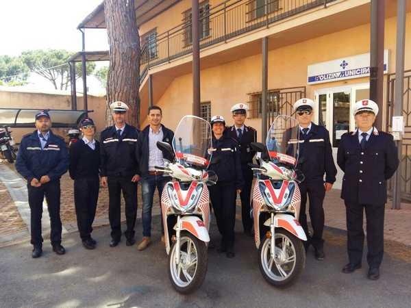 """Due nuovi scooter per la Polizia Municipale: """"Spostamenti più veloci in città"""""""