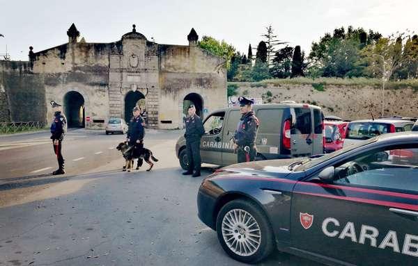 Orbetello, rubano bici da 900 euro ma vengono visti e catturati
