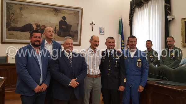 """Il cielo di Marina pronto ad ospitare le Frecce tricolori: """"Evento storico per Grosseto"""". Tutte le informazioni"""