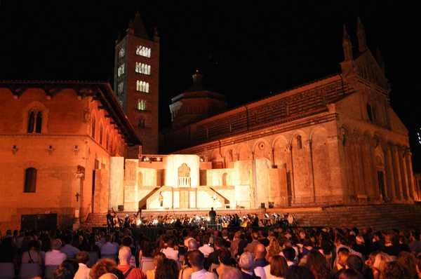 Photo of Massa Marittima, Moni Ovadia voce narrante a Lirica in Piazza