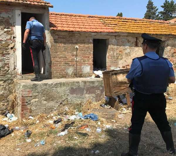 Aggrediscono un connazionale con bottiglie infrante: tre stranieri denunciati dai Carabinieri