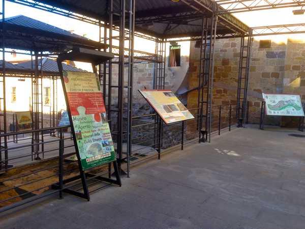 Area archeologica delle Macerie: il Comune rinnova tutta la cartellonistica