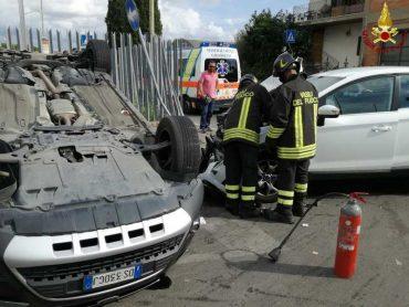 Incidente stradale in via Orcagna: tre auto coinvolte