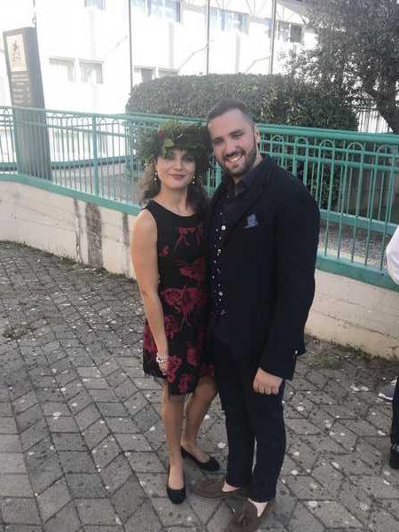 Giulia si laurea in Farmacia: gli auguri del fidanzato Marco
