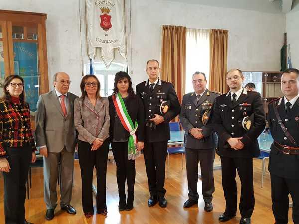 I coniugi Tipa cittadini onorari di Cinigiano. Alla Fondazione Bertarelli la civica benemerenza